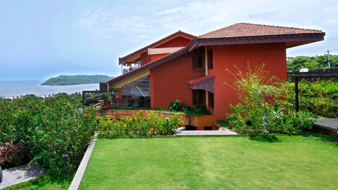luxury pool candolim villa